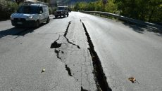 cracks-on-the-road-outside-the-centre-of-norcia-central-italy-data