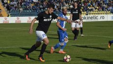 Gorjenii (în negru) vor trei puncte cu FC Voluntari (foto: Alexandru Vîrtosu)