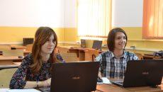 """Alexandra Udriștoiu și Emanuel Adrian Dicu, elevi în clasa a IX-a la Colegiul Național """"Frații Buzești"""""""