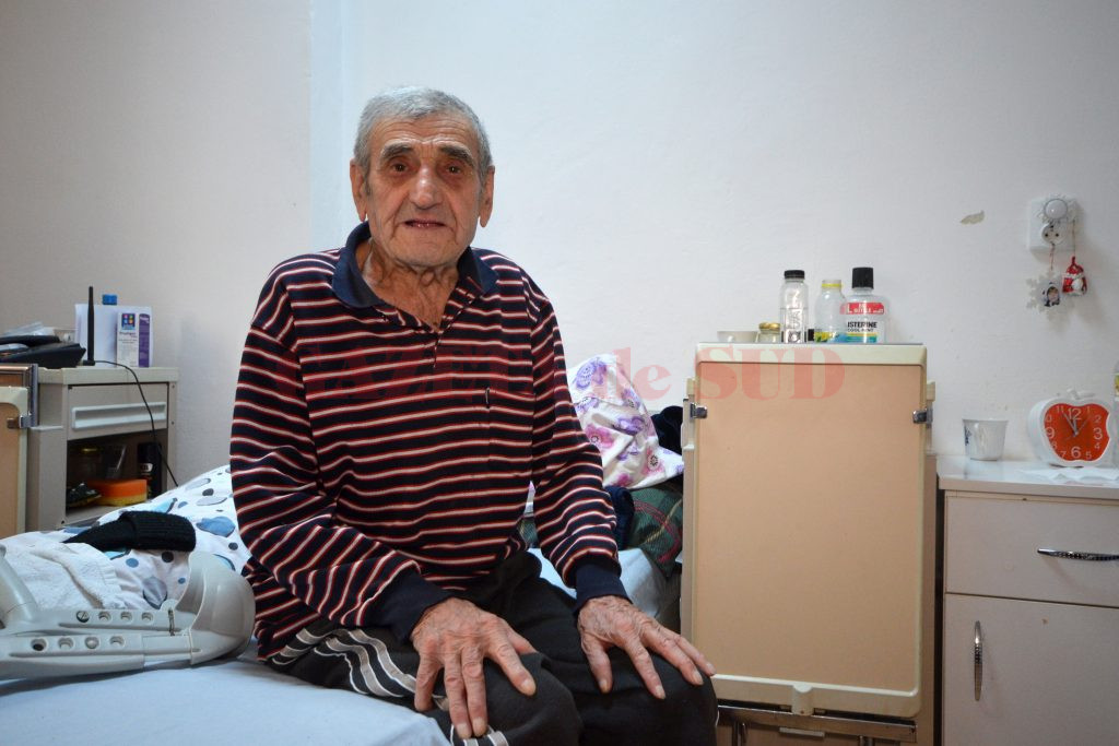 Ion Dragu şi-a petrecut viaţa muncind şi sperând (Foto: Bogdan Grosu