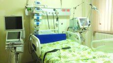 Saloanele moderne și aparatura de ultimă generație de la compartimentul de Terapie Intensivă al Spitalului de Boli Infecțioase din Craiova stau sub lacăt de mai bine de cinci ani  (FOTO: Marian Apipie)