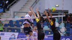Craiovenii (în tricou alb) au avut un debut de vis în Liga Campionilor (foto: Lucian Anghel)