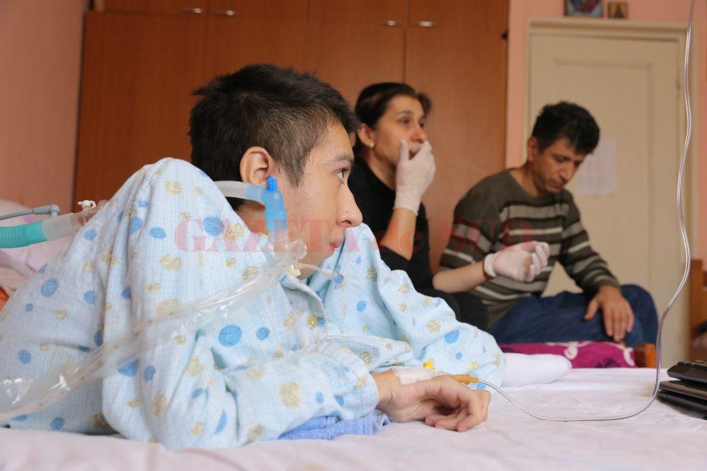George Mită, alături de minunaţii săi părinţi