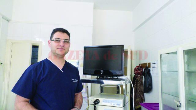 Doctorul Alin Demetrian şi echipa sa au făcut până acum trei operaţii în premieră naţională. Ca să poată face o rutină din aceste performanțe, au nevoie de o sală de operație proprie, aparatură și o clinică mai mare.