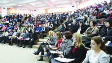 Cadrele didactice din învățământul preuniversitar vor avea în vedere de acum înainte și respectarea principiilor din Codul de etică pentru învățământul preuniversitar care a intrat în vigoare