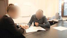 Doar 44 de profesori din Dolj, dintr-un total de 7.000 de cadre didactice existente în județ,  și-au declarat veniturile din meditații (Foto: click.ro)