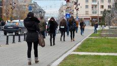 Mulți tineri ies de pe băncile școlii și nu se angajează nicăieri (Foto: Bogdan Grosu)