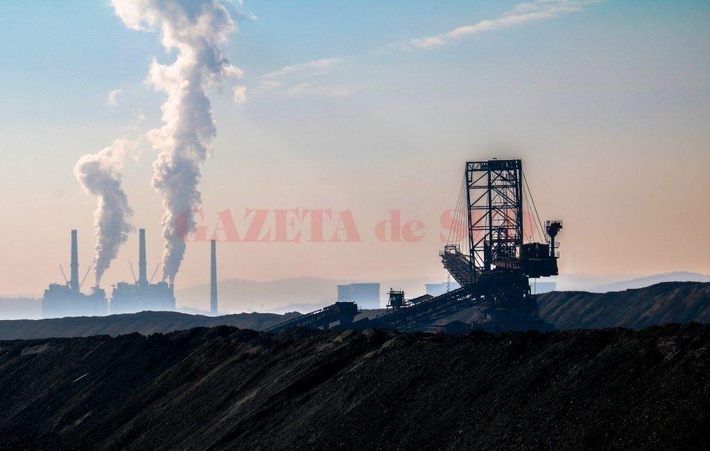Complexul Energetic Oltenia funcţionează cu zece grupuri energetice (Foto: Eugen Măruţă)