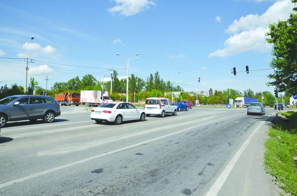 Actualul drum de la Craiova la Piteşti se parcurge în circa două ore (Foto: arhiva GdS)