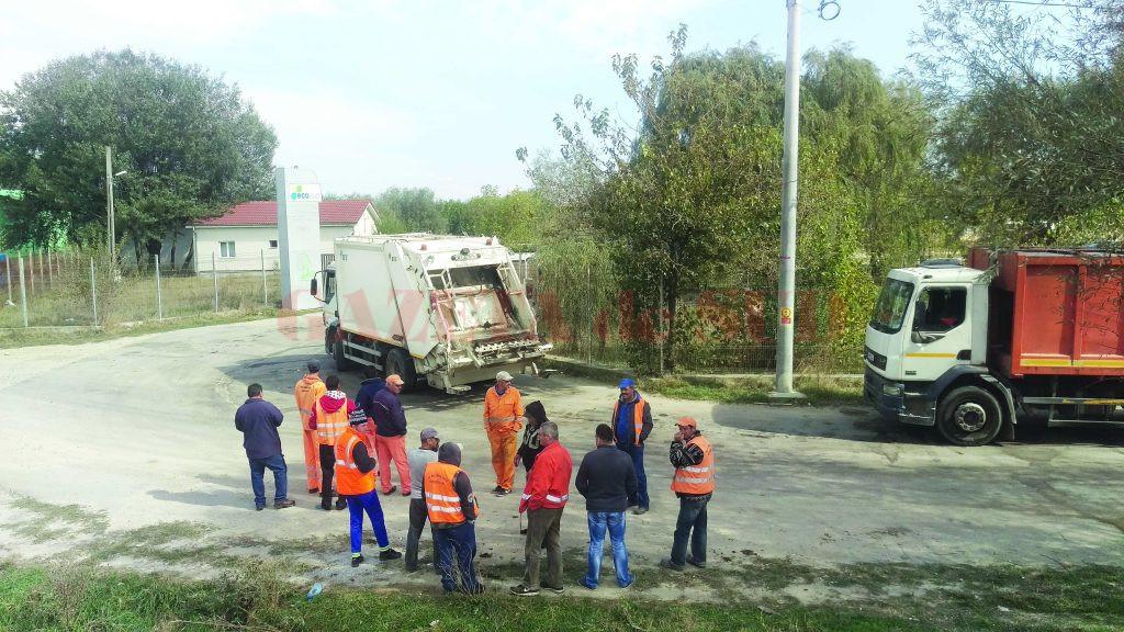 Eco Sud a dat de înţeles primăriei că-i va ţine din nou cu camioanele la poartă, ca în octombrie 2016, iar primăria a scăpat-o de plata taxei (Foto: GdS)