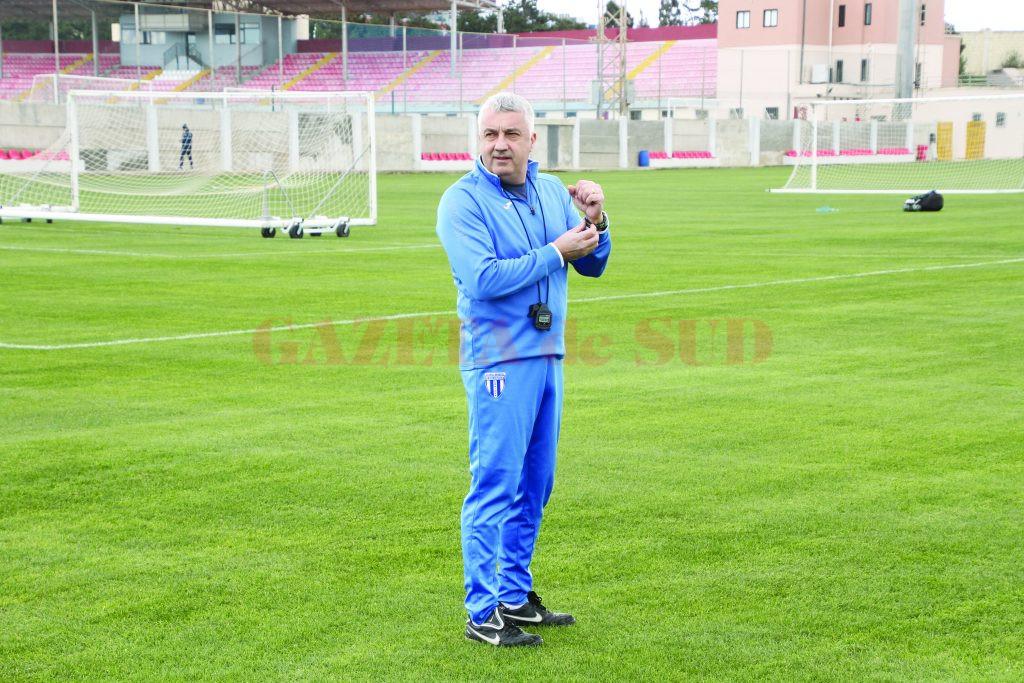 Ionel Colonel are încredere că alb-albaştrii vor sta foarte bine din punct de vedere fizic în 2017 (Foto: csuc.ro)