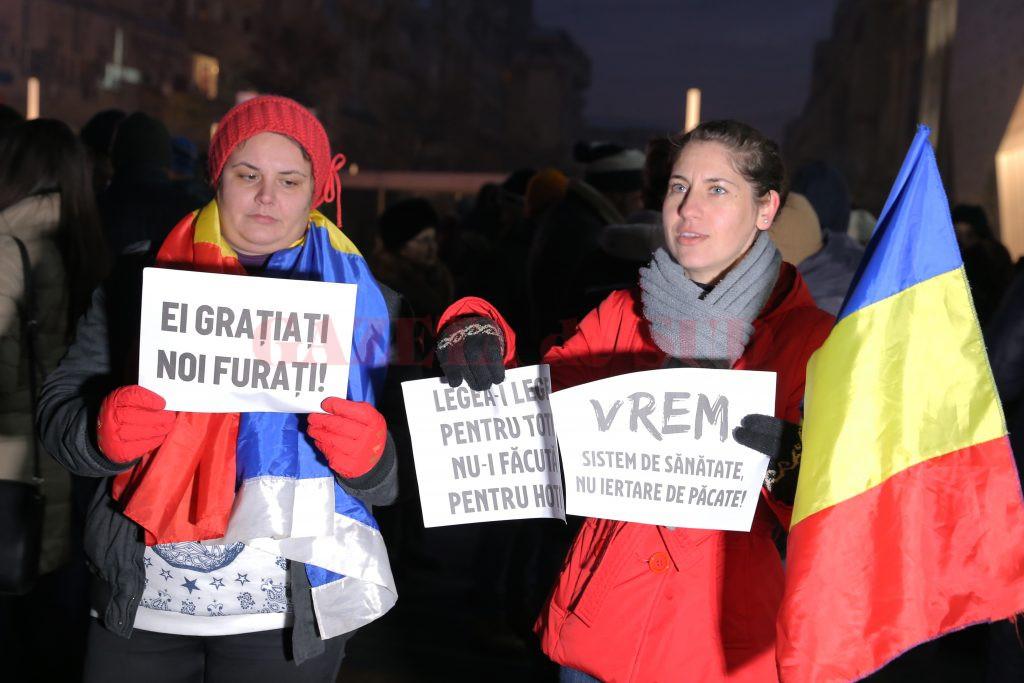 Mesajul craiovenilor pentru guvern (Foto: Lucian Anghel)
