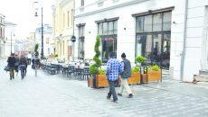 Patronii barurilor şi cluburilor craiovene trebuie să intre în legalitate, altfel vor fi obligaţi să închidă (Foto: arhiva GdS)