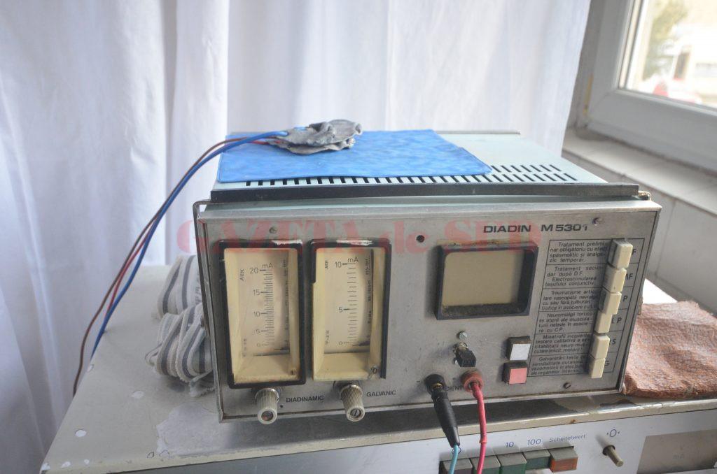 Pacienții care ajung la Spitalul Județean de Urgență Craiova fac recuperare cu aparatură veche de 50 de ani