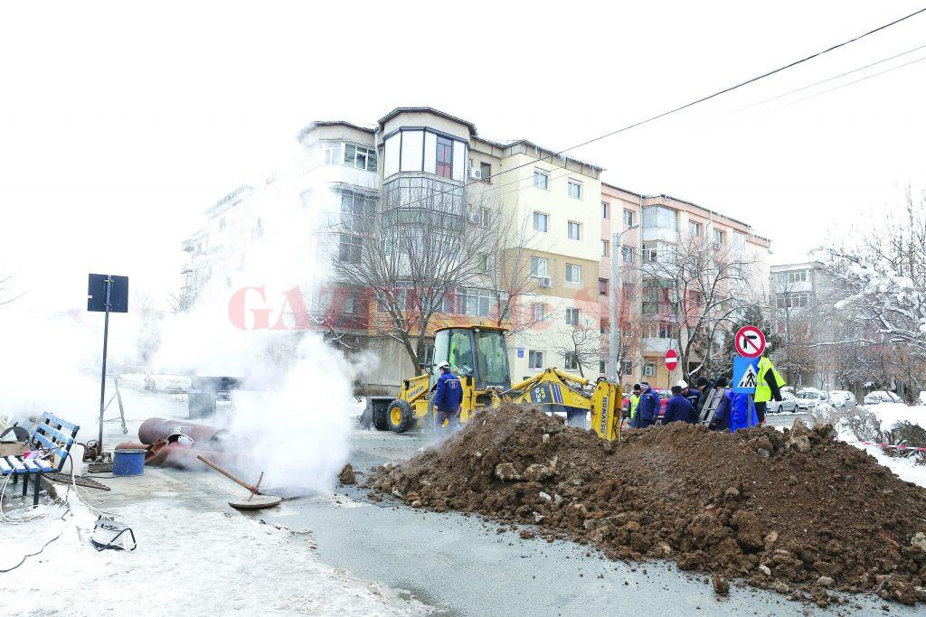 Avarie produsă la conductele CEO în Valea Roșie (Foto: Lucian Anghel)
