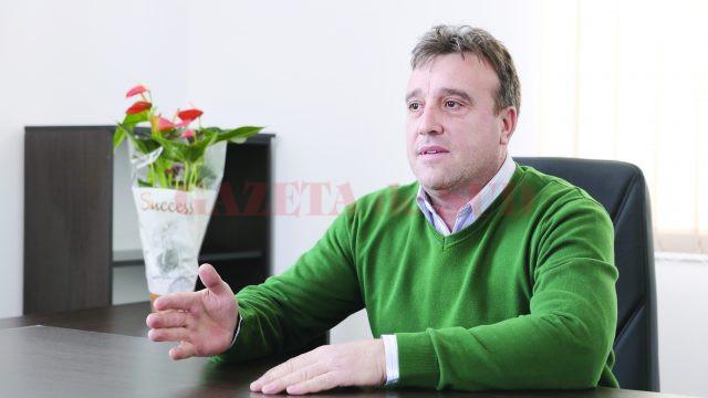Costel Pistriţu, primarul  municipiului Băileşti (Foto: Lucian Anghel)