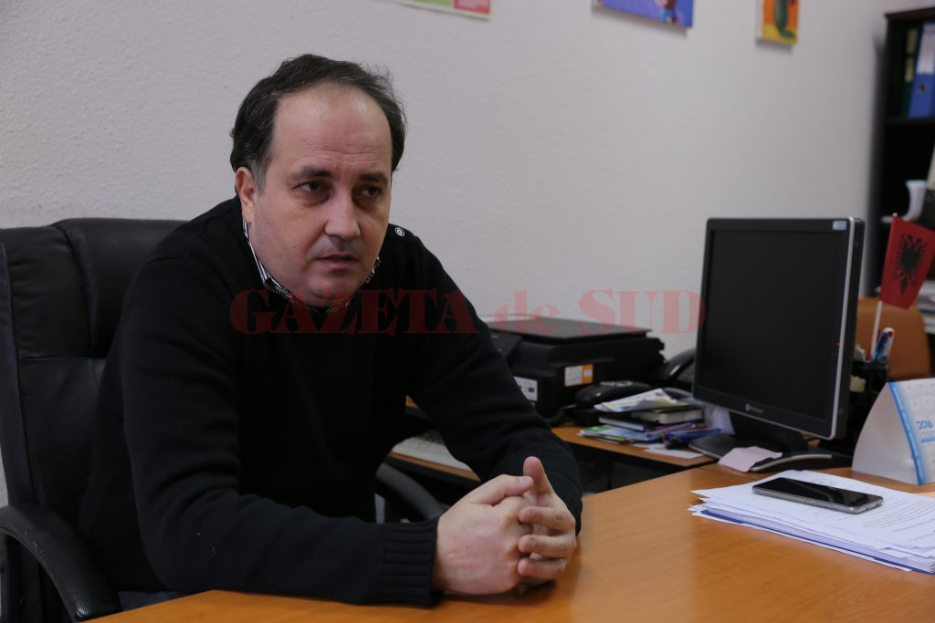 Directorul adjunct Liviu Hristea a precizat că speră ca în cele două săptămâni până la încheierea semestrului să se ajungă la reconciliere (Foto: Lucian Anghel)