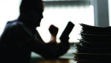 Adevărații patroni ai Euro Universal se ascund printre hârtii