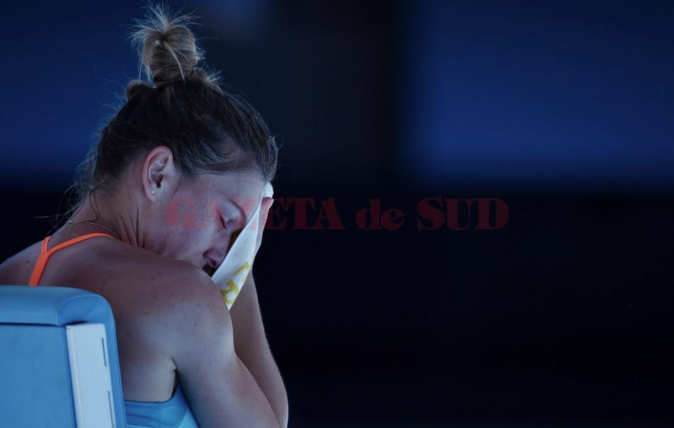 Simona Halep a fost eliminată în primul tur la Australian Open (foto: ausopen)