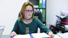 Inspectorul școlar general adjunct Janina Vașcu a precizat că au fost scoase în ședințe  publice 77 de norme și fracțiuni de norme didactice pentru diverse discipline de studiu (Foto: Lucian Anghel)