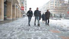 Românii alocă o treime din cheltuieli pentru energie şi utilităţi