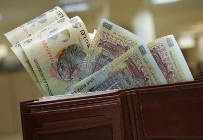 portofel-bani-salariu