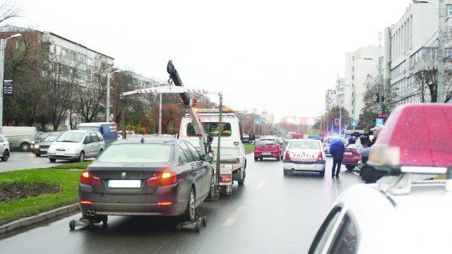 Până în mai 2015, de ridicarea mașinilor staționate sau oprite neregulamentar s-a ocupat RAT Craiova  (Foto: arhiva GdS)