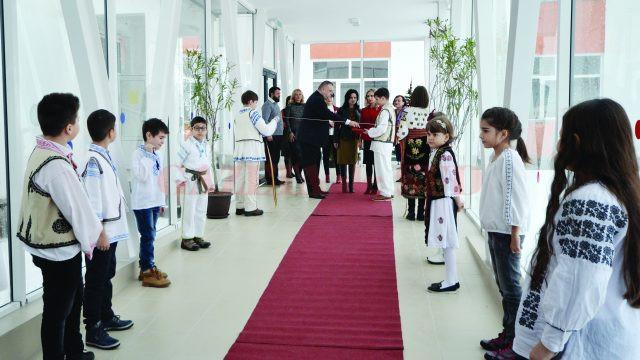 Inaugurarea a fost făcută prin tăierea panglicii (Foto: Bogdan Grosu)