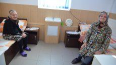 Fiecare dintre bătrânii internaţi în Centrul medico-social din Cetate are o poveste cutremurătoare de viaţă (Foto: Claudiu Tudor)