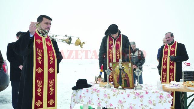 Viile din Segarcea au fost sfinţite ieri, cu ocazia Sfântului Trifon (Foto: Bogdan Grosu)