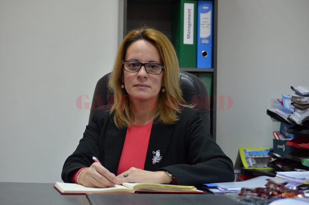 Inspectorul școlar general adjunct Janina Vașcu a precizat că au fost publicate 1.213 norme și fracțiuni de norme didactice (Foto: Bogdan Grosu)