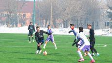 """Podărenii (în negru) au câștigat la pas meciul cu """"școlarii"""""""