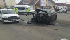 Autovehiculul care a lovit mașina Jandarmeriei