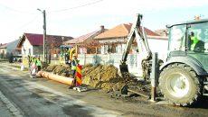 Modernizarea sistemelor de canalizare şi alimentare cu apă va continua în trei oraşe