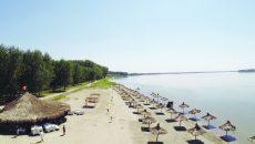 Vara, plaja din comuna Cetate este un punct de atracţie pentru turişti (Foto: Arhivă GdS)