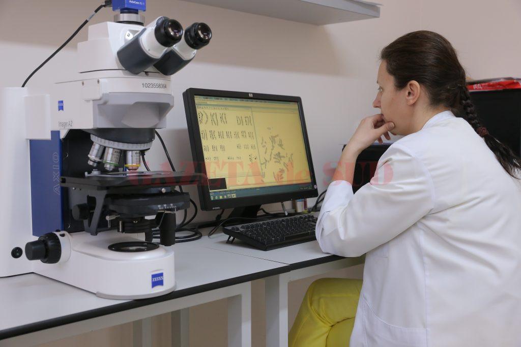 În Centrul de Genetică Dolj lucrează șase medici specialiști sau primari și 12 rezidenți (Foto: Lucian Anghel)