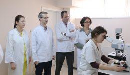 Aceasta este o parte din echipa de specialiști a Centrului de Genetică Medicală Dolj (Foto: Lucian Anghel)