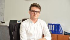 """Gabriel Octavian Popa, elev la Colegiul Național """"Elena Cuza"""" din Craiova, a fost acceptat  la trei universități din Scoția și la una din Anglia (Foto: Claudiu Tudor)"""