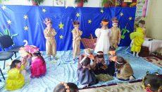 """La Grădiniţa """"Mihai Eminescu"""" din Târgu Jiu există o grupă de preşcolari organizată conform programului step by step"""