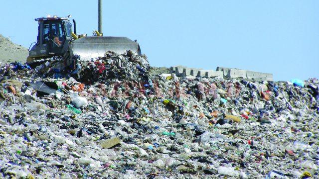 Groapa de gunoi de la Măldăreşti (Vâlcea) nu a fost închisă