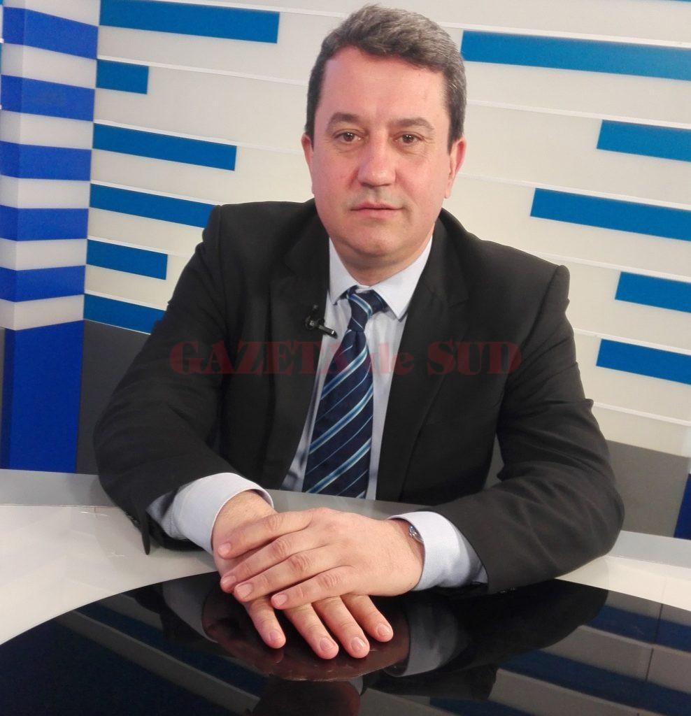 """Profesorul universitar Cristi Spulbăr a precizat, la emisiunea """"Economia Sudului"""", că situația contractelor de economisire-creditare blocate în prezent ar trebui rezolvată în câteva luni, în favoarea deponenților"""