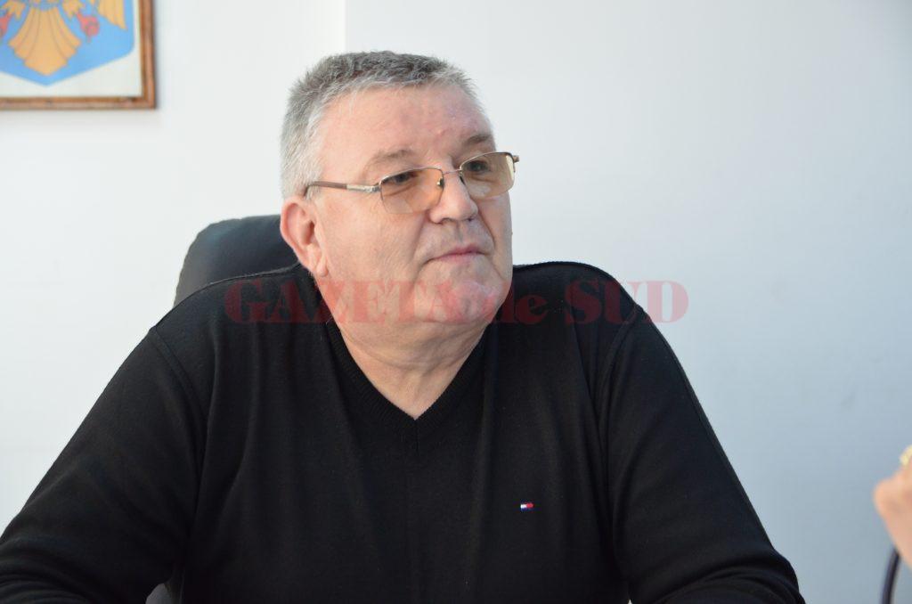 Cristinel Călugăru, director adjunct al Direcţiei pentru Agricultură Dolj, susţine că unele dintre tarifele pe care trebuie să le plătească fermierii sunt mai mici decât cele de anul trecut