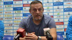 Antrenorul Bogdan Burcea consideră că echipa sa nu a avut parte de un arbitraj corect la Roman (foto: Bogdan Grosu)