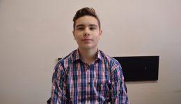 Alexandru Ionuț Pascu, elevul de clasa a VIII-a din Băilești care a găsit o altă soluție la o problemă de la olimpiada județeană de matematică (Foto: Claudiu Tudor)