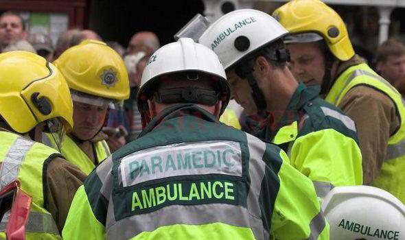 Cel puțin 24 de oameni au fost răniți în Wirral, lângă Liverpool, sâmbătă seara, atunci când o clădire s-a prăbușit în urma a ceea ce primele relatări arată că ar putea fi o explozie de gaze, scrie Agerpres. Clădirea se spune că ar fi găzduit un studio de dans, conform relatărilor media.  Cei răniți în explozie au fost transportați la spitalele locale. Echipele de salvare au cercetat ruinele pentru a descoperi alte potențiale victime. Un restaurant vecin de peste drum a fost de asemenea afectat de explozie.  Zona a fost restricționată din rațiuni de securitate iar unele case au fost evacuate.