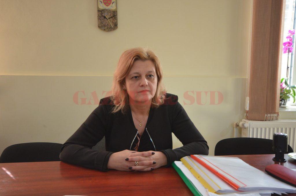 "Cristina Constantinescu, directorul Şcolii Speciale ""Sf. Mina"" (Foto: Claudiu Tudor)"