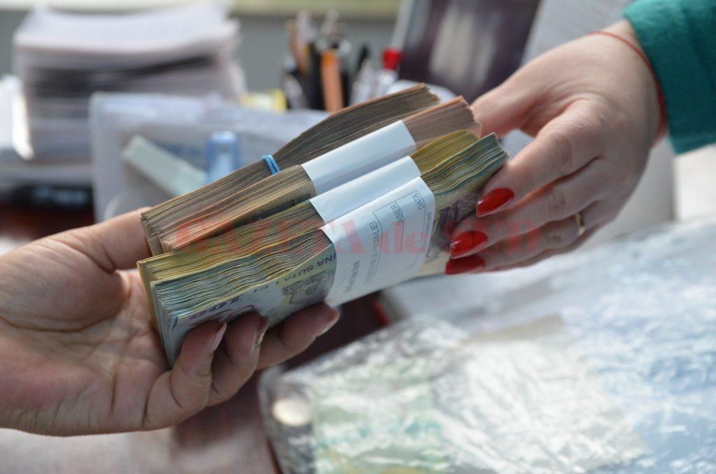 Firmele cu datorii trebuie să își calculeze bine dacă pot să restituie la stat și rata de eșalonare, și datoriile curente. În caz contrar, Fiscul le execută activele depuse garanție.