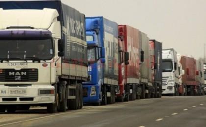 coada-camioane-420x260