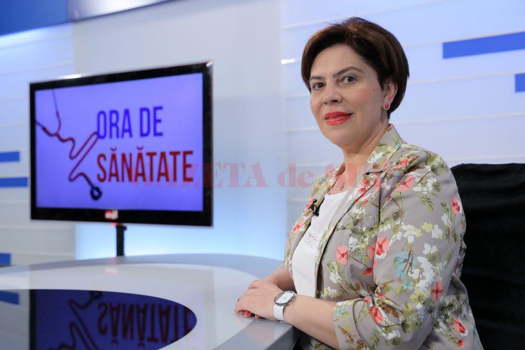 Dr. Simona Marinoaica, medic primar dermatolog, spune că un control de prevenție poate salva vieți (Foto: Bogdan Grosu)