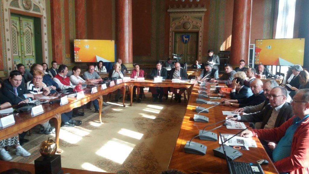 Specialiştii în turism au organizat ieri un simpozion la Târgu Jiu